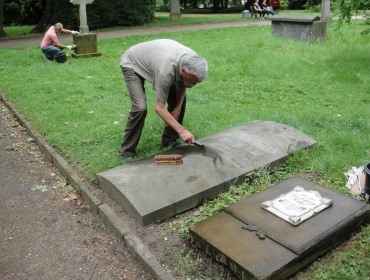 Pate und Grab Alfred Rethel und Mutter