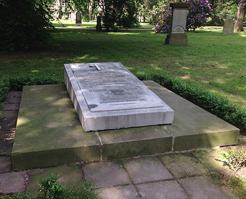Grabmal Wilhelm von Schadow